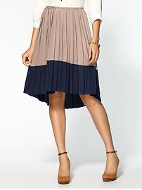 Pleated-skirt-tan-navy